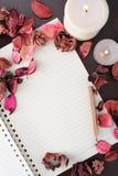 Papier und Dekoration lizenzfreie stockfotografie