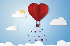 Papierartliebe des Valentinstags, Ballon, der über Wolke mit Herzfloss auf dem Himmel, Paarflitterwochen fliegt Stockfotografie