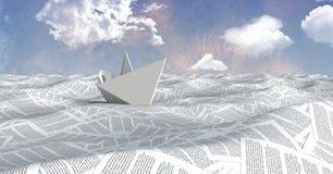 Papierboot auf Meer von Dokumenten unter Pastellhimmel bewölkt sich Stockfotos