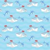 Papierboote mit Herzen und Delphinen Stockbilder