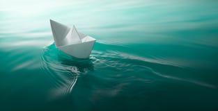 Papierbootssegeln Stockfoto