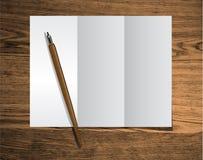 Papierdreifachgefaltetes stock abbildung