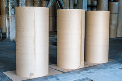 Papierfabriekfabriek Stock Afbeeldingen