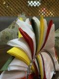 Papierhandtücher im Restaurant stockfotografie
