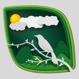 Papierkunst schnitzen zum Vogel auf Baumast im Wald an der Nacht, an der Origamikonzeptnatur und an den Tieren Idee, Vektorkunst  Stockbild