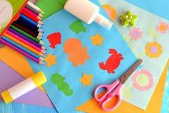 Papiermeerestier- und Blumenkarten Stockbilder