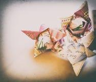 Papierorigamiblumentulpen-Weinlesevignettierung lizenzfreie stockfotos
