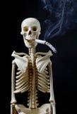 papierosowego pojęcia skwitowany zredukowany dymienie zdjęcie stock