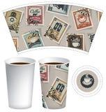 Papierowa filiżanka dla gorącego napoju z znaczkami pocztowymi Obrazy Stock