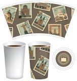 Papierowa filiżanka dla gorącego napoju z znaczkami pocztowymi Obraz Royalty Free