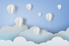 Papierowa sztuka biali ballons na niebieskiego nieba tle Zdjęcia Stock