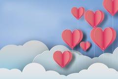 Papierowa sztuka czerwień balonu serce na niebieskiego nieba tle Obraz Royalty Free