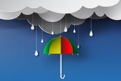Papierowa sztuka kolorowy parasol z porą deszczowa Zdjęcia Stock