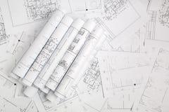 Papierowi architektoniczni rysunki i projekt zdjęcia stock
