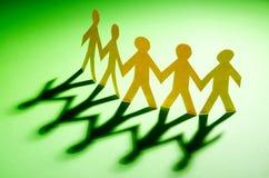 Papierowi ludzie - teamworking pojęcie Obraz Stock