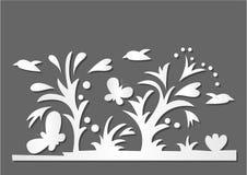 Papierowi motyle i kwiaty Obrazy Stock