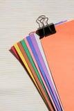 papierowy koloru paperclip Zdjęcia Stock