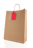 Papierowy torba na zakupy z rękojeściami Obrazy Royalty Free