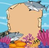 Papierschablone mit Haifischen im Ozean Lizenzfreies Stockfoto
