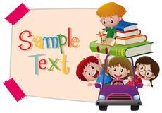 Papierschablone mit Kindern im purpurroten Auto Lizenzfreies Stockfoto