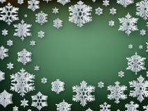 Papierschneeflocken der frohen Weihnachten und des guten Rutsch ins Neue Jahr auf grünem Hintergrund ENV 10 vektor abbildung