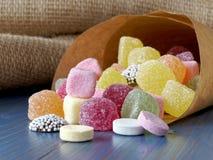 Papiertüte Süßigkeitsbonbons Lizenzfreies Stockbild
