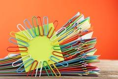 Papiery z paperclips Zdjęcie Stock