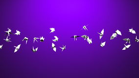 Papiroflexia Crane On Purple Background almacen de metraje de vídeo