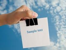 papper för gemhandholding arkivfoton