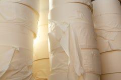 papper rullar toaletten Royaltyfria Foton