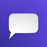Pappers- anförandebubbla för samtal på rektangulär form Arkivbild