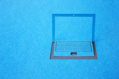 Pappers- bärbar dator Fotografering för Bildbyråer