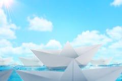 Pappers- fartygutmaningbakgrund Royaltyfri Fotografi