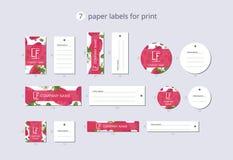 Pappers- klädetiketter för vektor för tryck med modelljordgubben med sidor Royaltyfri Fotografi