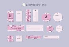 Pappers- klädetiketter för vektor för tryck med modellrosa färgfjärilen Royaltyfri Bild