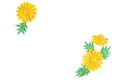 Pappers- quilling som är färgrik skyler över brister blommor Arkivfoto