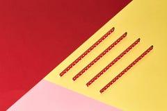 Pappers- sugrör för smoothies och milkshake arkivfoto