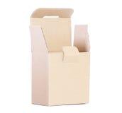 Pappschachtel für das Verpacken von kleinen Einzelteilen Stockbild