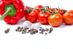 Paprica, aglio, chiodi di garofano e pomodori Immagine Stock Libera da Diritti