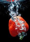 Paprika dans l'eau 2 image stock