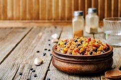 Paprika der schwarzen Bohnen, der Quinoa und des Mais Lizenzfreies Stockbild