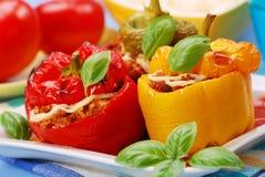 Paprika die met het gehakt wordt gevuld Stock Afbeelding