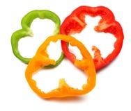paprika dulce cortado en el fondo blanco Visión superior foto de archivo libre de regalías