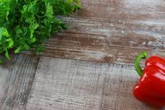 Paprika en bois de persil photo libre de droits