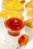 Paprika-Geschmack und kornische Pasteten Stockfotos