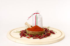 Paprika Pwder In Wooden Bowl. Lizenzfreie Stockfotos