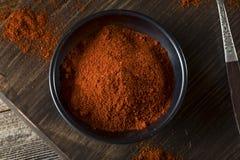 Paprika Spice vermelha orgânica crua foto de stock