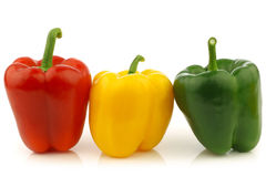 Paprikas rouges, jaunes et verts (poivron) Photos libres de droits