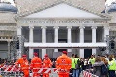 Papst Francis in Neapel Marktplatz Plebiscito nach der Masse des Papstes Stockbild