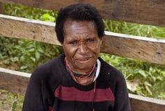 Papua-Frau in Neu-Guinea Insel Stockbild